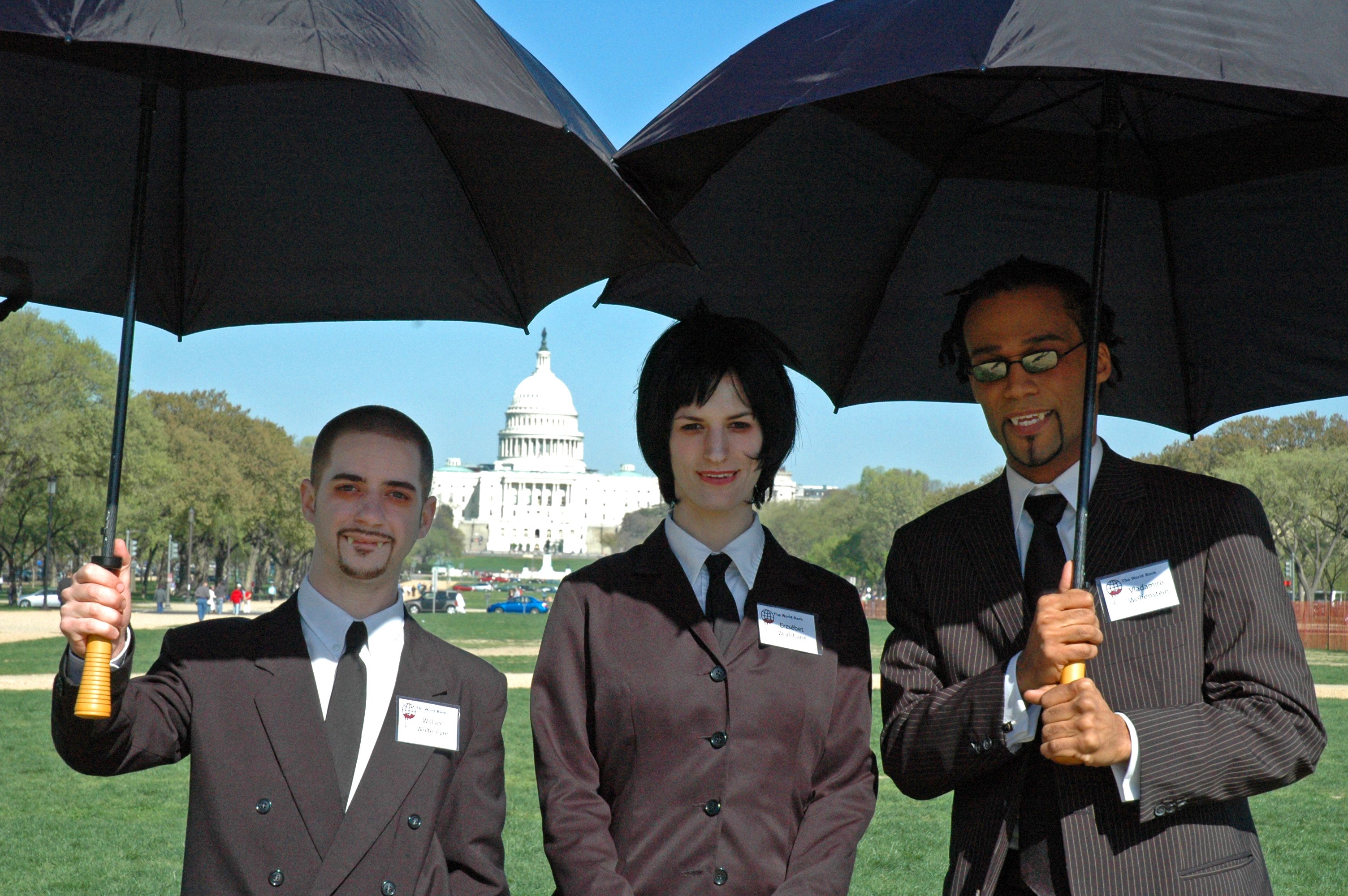 Members of the « Boston Direct Action Project » dressed as vampires impersonate public relations associates of the World Bank, Washington DC, April 2005
